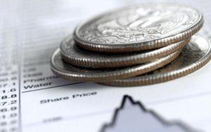 Может обеспечить большую диверсификацию и доступ к высоким минимальным фондам